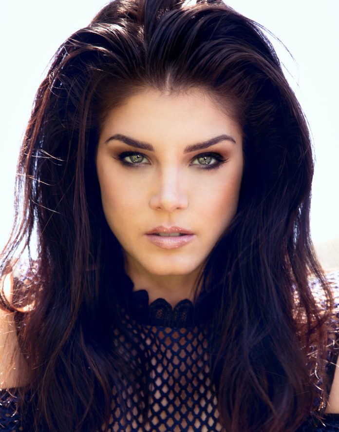 Actress Marie Avgeropoulos
